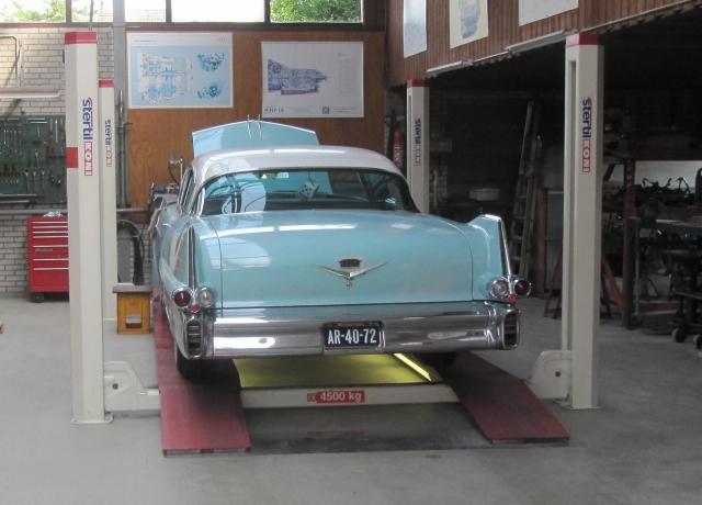 Cadillac De Ville 1957 nr 1